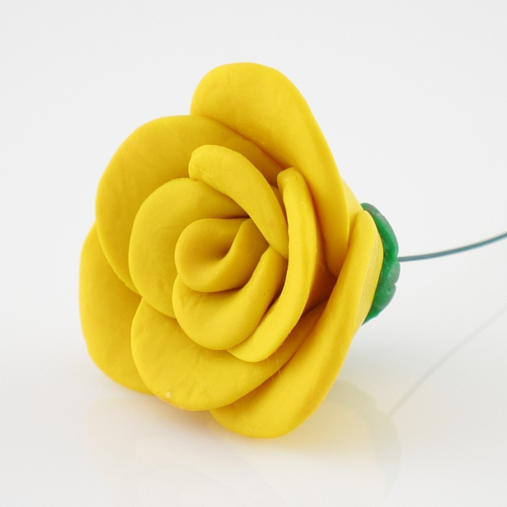 Thumbnail image for Polymer Flowers – Free Tutorial